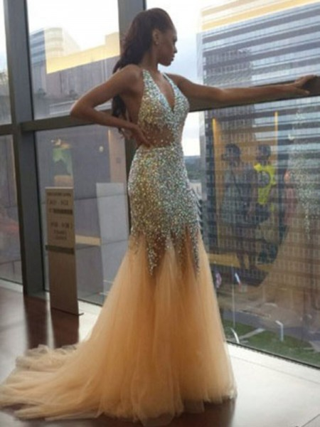 Trumpet/Mermaid Halter Tulle Sequin Court Train Dress